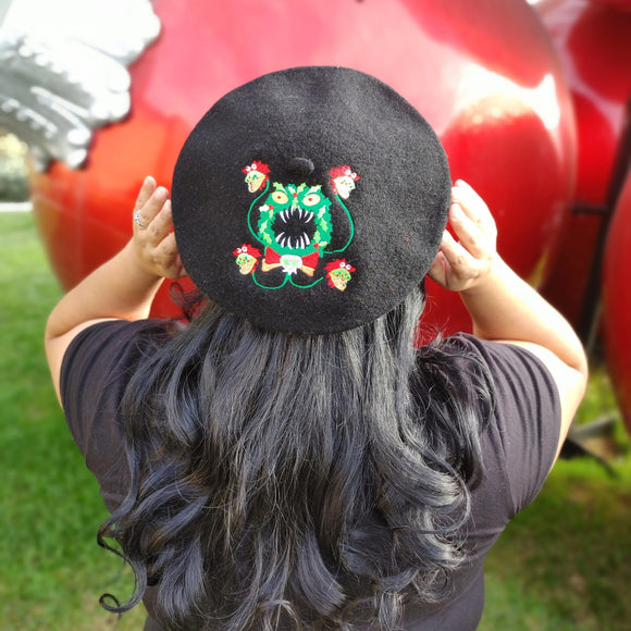 Merry Scary Wreath Embroidered Beret Hat in Black