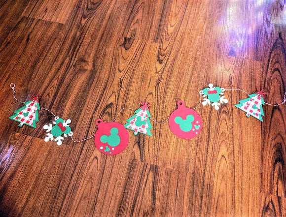 4.5ft Disney Inspired Mickey and Minnie Mouse Christmas Paper Garland in Red & Green
