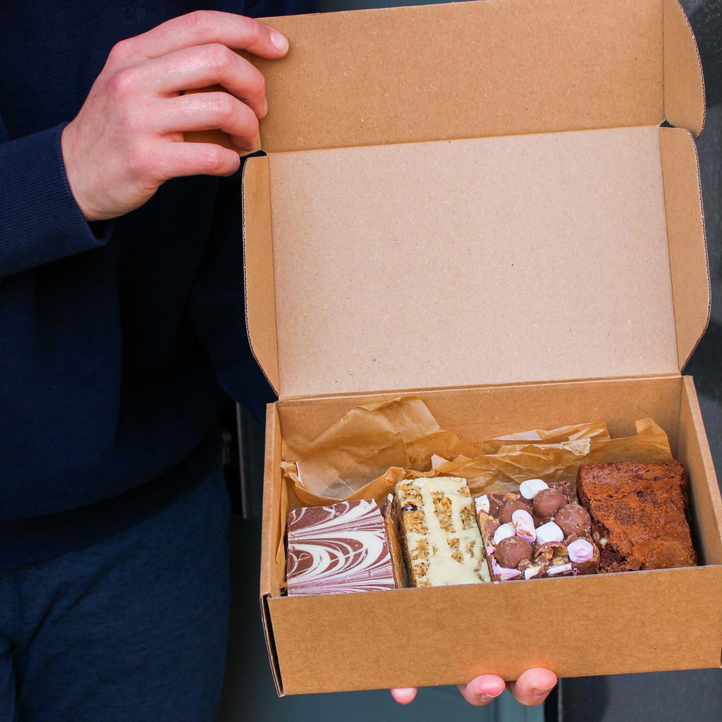 Cake box delivery UK. Cheshire cakes delivered to your door. Cake box presents UK.