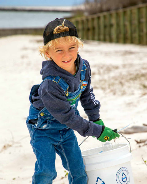 Help Oliver keep the beach clean and join his team today!