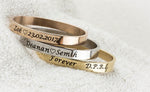 Quote bangle gold