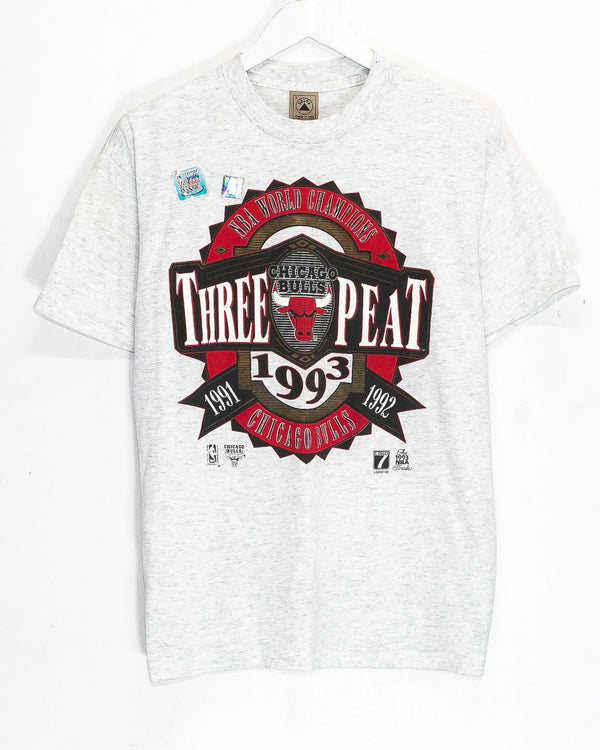 Vintage '93 Deadstock Chicago Bulls NBA T-Shirt <br> (M)