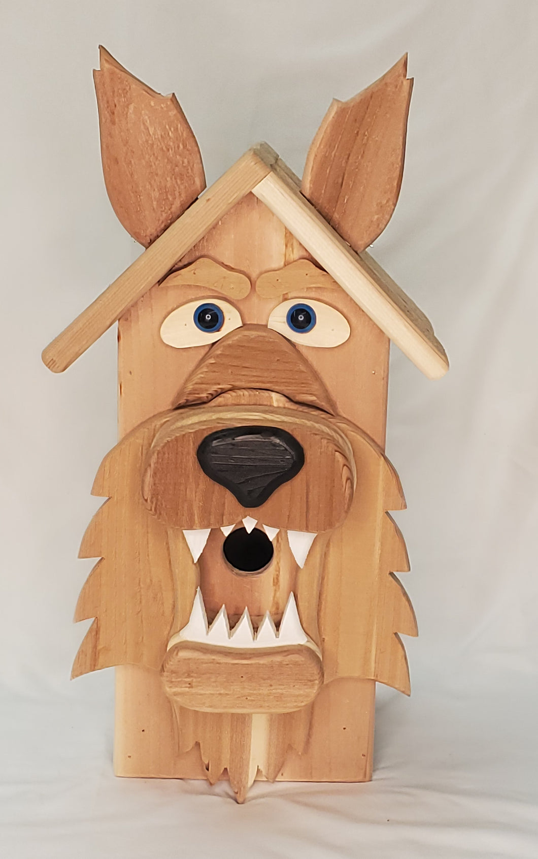 Big Wolfe Birdhouse