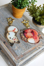 Load image into Gallery viewer, Floral Frolic Bean Glitter Keychains