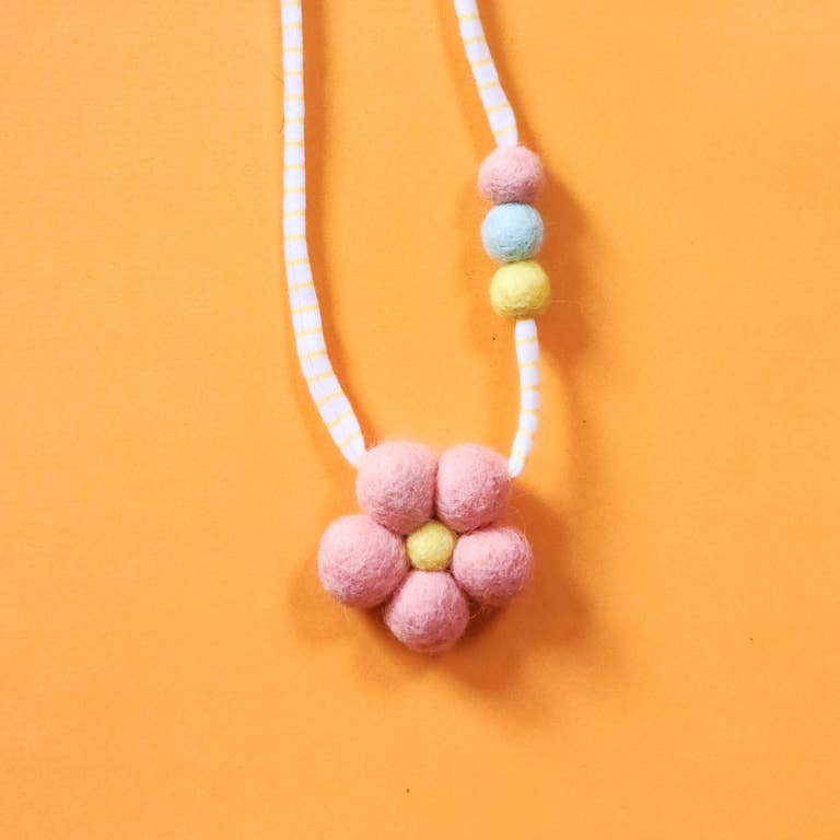 Flower Power Wool Necklace (two colors)