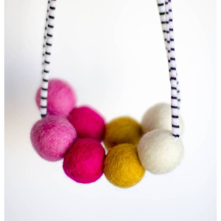 Woolie Ball Necklace (two colors)