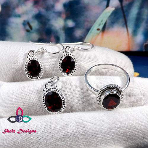 Garnet Set, Garnet Earring, Garnet Ring, Garnet Pendant, Solid Silver Set, Jewellery Set, Women Jewellery Set, Unique Jewelry, Gift For Her