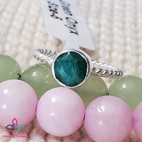Green Onyx Ring, Onyx Ring, Green Stone Ring, Silver Ring, Unique Ring, Handmade Ring, Dainty Ring, Lightweight Ring, Size 5US, Z64