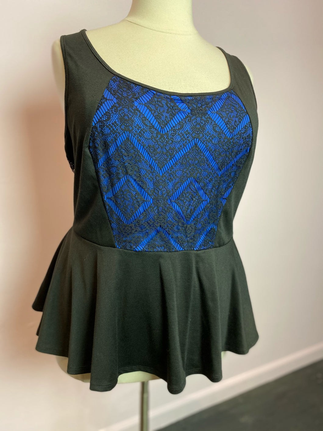 Black and Blue Peplum with Lace Overlay Forever 21 Top, Size 3X