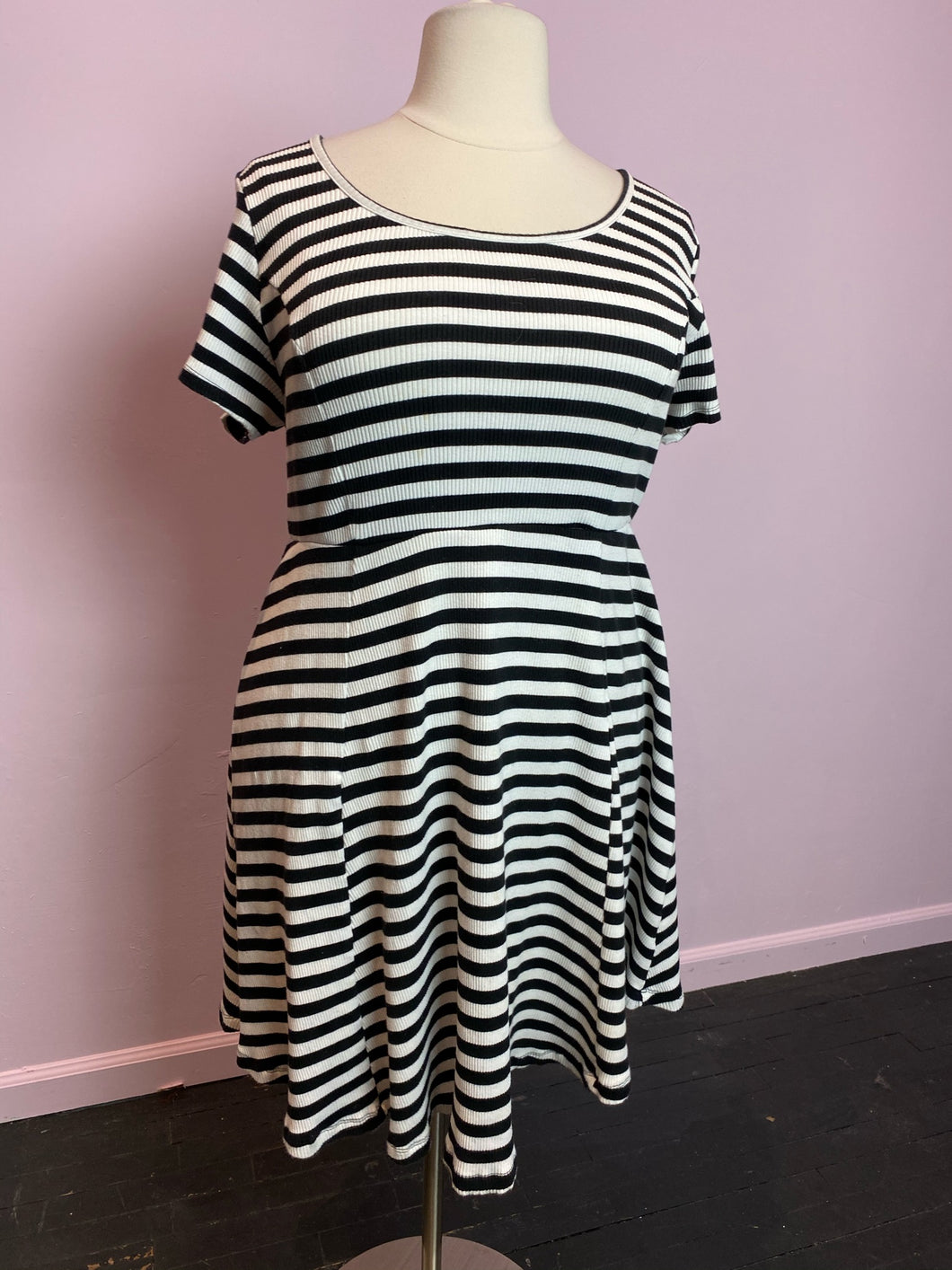 Torrid Black and White Striped Dress, Size 3
