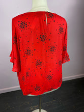 Load image into Gallery viewer, Bright Red Liz Claiborne Fluted Sleeve Top, 2X
