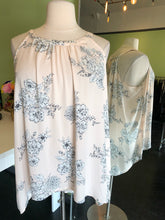 Load image into Gallery viewer, Pale Pink with Delicate White and Black Floral Torrid Top, Size 4