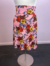 Load image into Gallery viewer, Lula Roe Floral Skirt, Size XL
