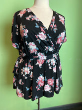 Load image into Gallery viewer, Black and Pink Floral Torrid Wrap Top, Size 3