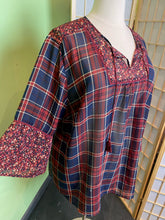 Load image into Gallery viewer, Catherine's Plaid and Lace Top, Size 3X