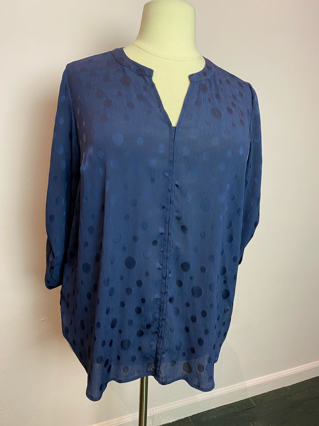 Navy Blue Burnout Polka Dot 41 Hawthorn Top, Size 3X
