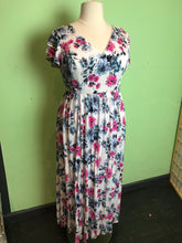 Load image into Gallery viewer, White, Blue and Fuchsia Floral Torrid Maxi Dress, Size 1