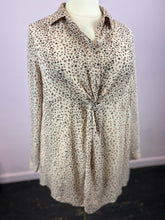 Load image into Gallery viewer, Twist Front Collared Leopard Half Button Up Top, Torrid Size 2