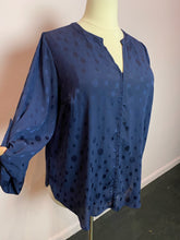 Load image into Gallery viewer, Navy Blue Burnout Polka Dot 41 Hawthorn Top, Size 3X