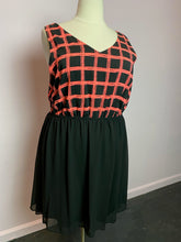 Load image into Gallery viewer, Black with Pink Windowpane Pattern Forever 21 Dress, Size 3X