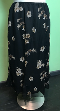 Load image into Gallery viewer, George Woman Black Floral Skirt, Size 22