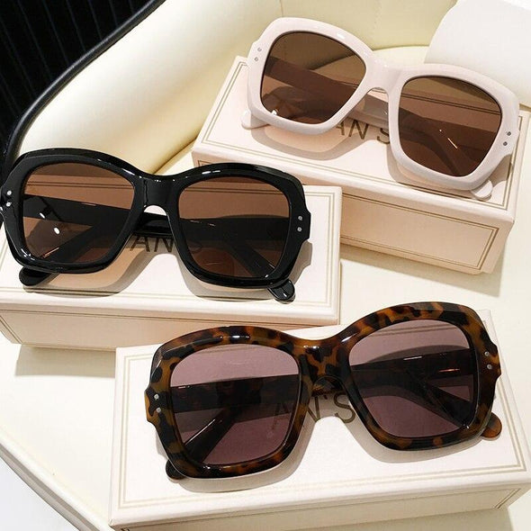 New Luxury Decoration Classic Eyewear Women or men Sunglasses Original Brand Designer Unisex Sun Glasses Fashion