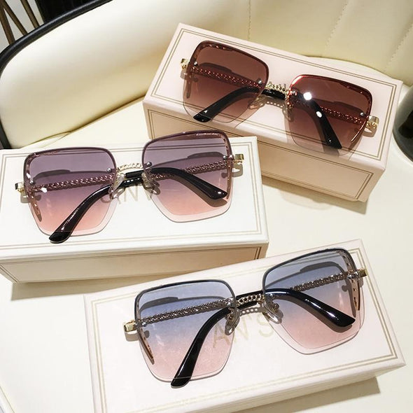 New Diamond Luxury Decoration Classic Eyewear Women or men Sunglasses Original Brand Designer Unisex Sun Glasses Fashion