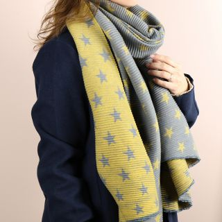 Reversible Pleated Star Scarf - Grey / Mustard Yellow