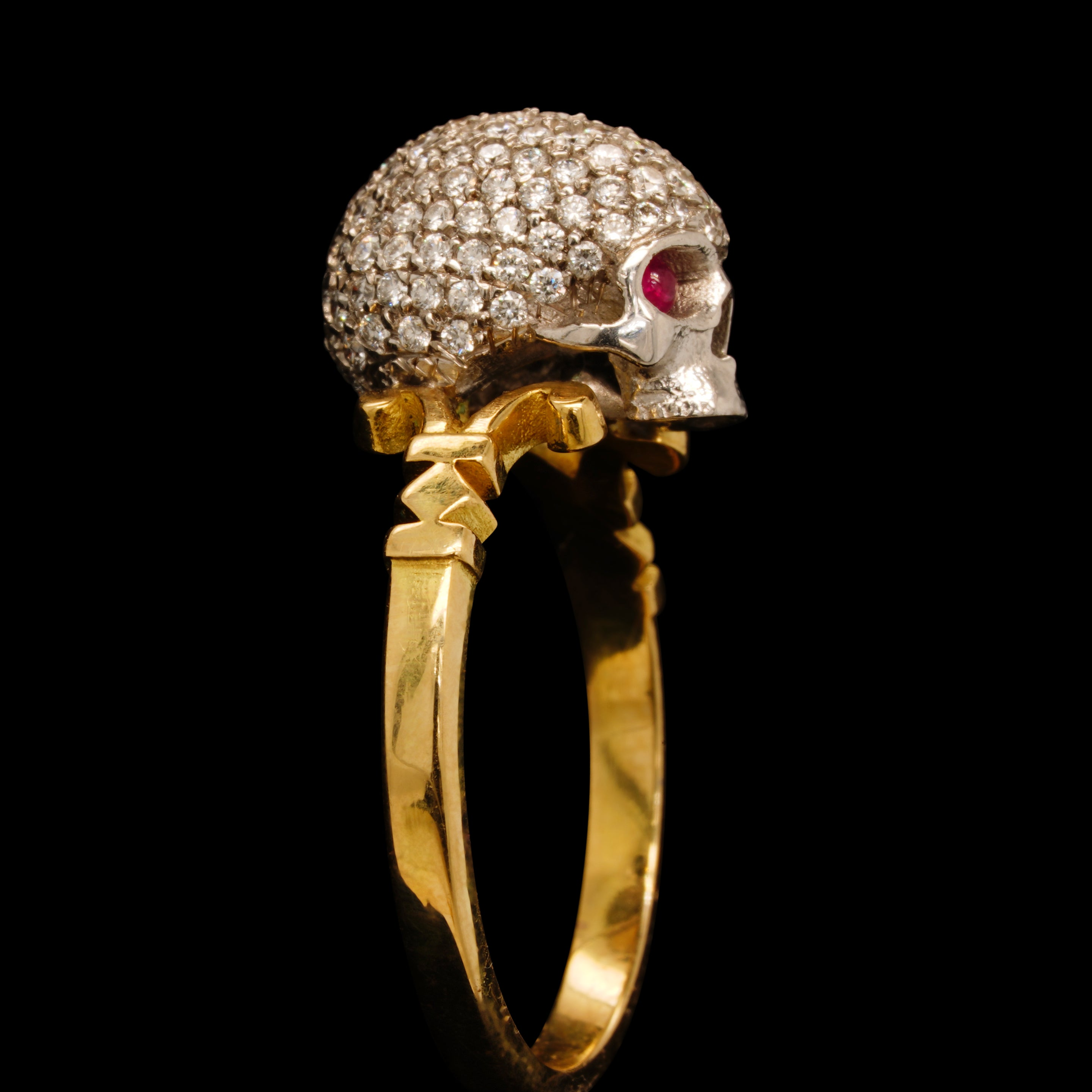 CATACOMB SAINT DIAMOND ENCRUSTED SKULL RING