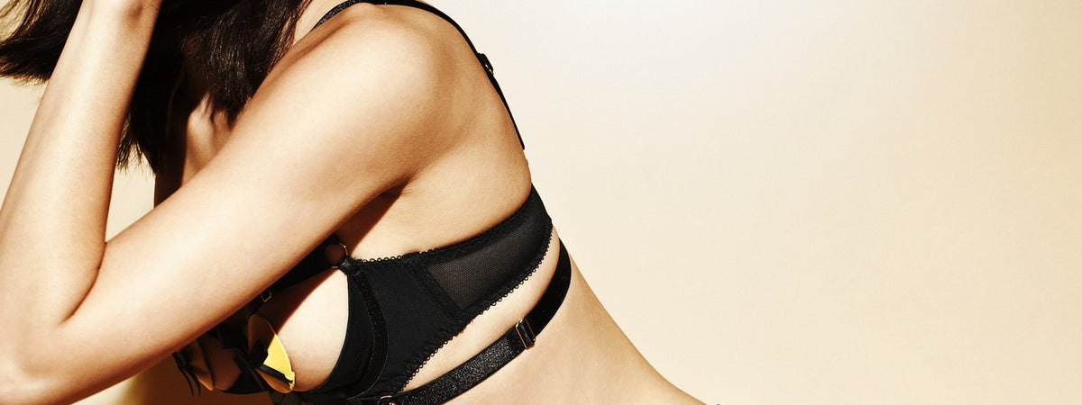 Signature Gia shelf demi-cup bra