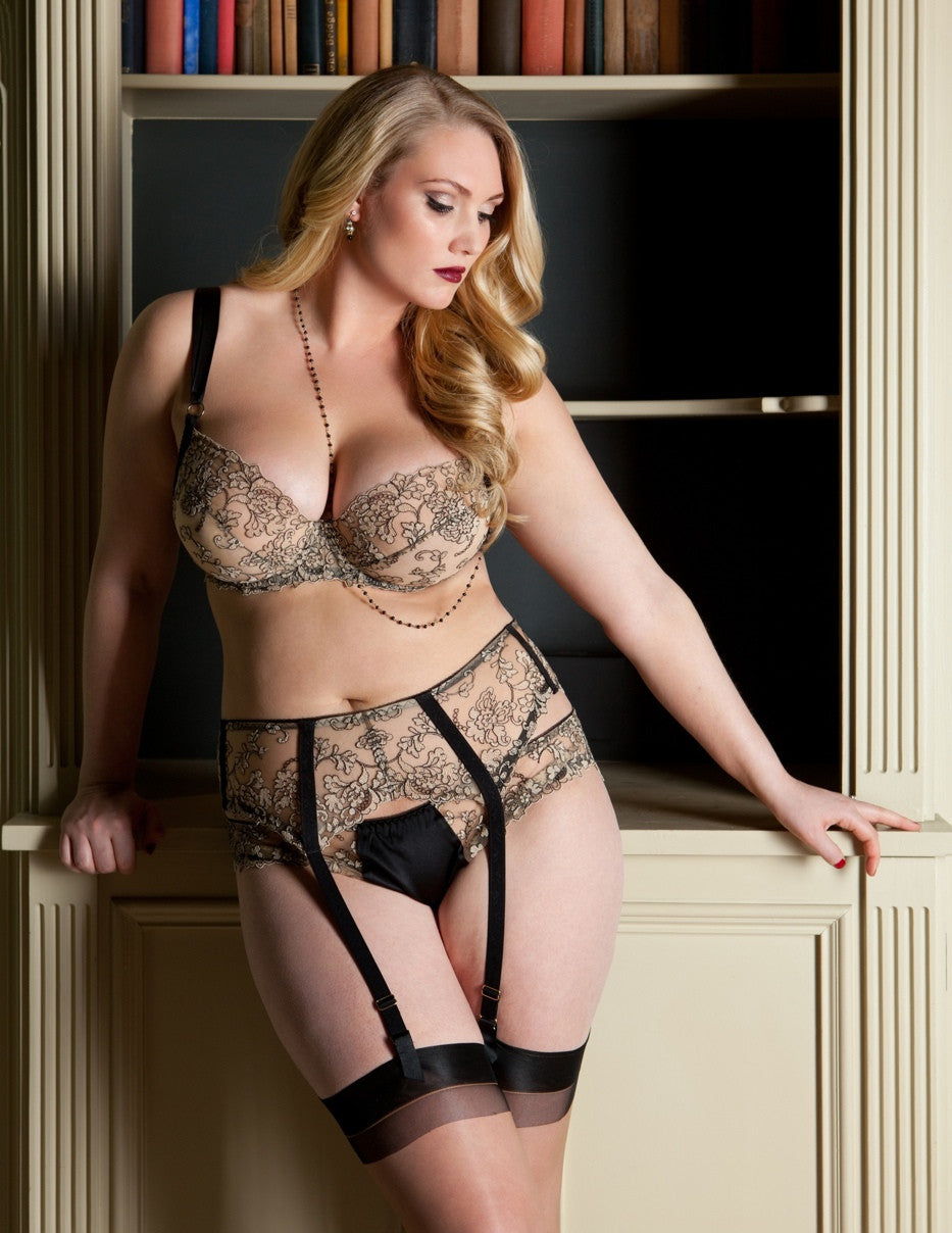 Isabelle lace full cup bra