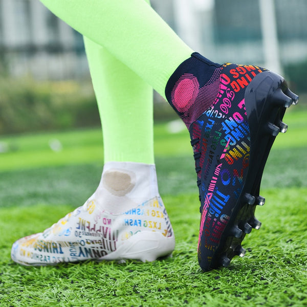 New High Ankle Soccer Shoes Men Breathable Outdoor High-top Football Boots Turf Soccer Cleats Kids AG Women Soft Football Shoes