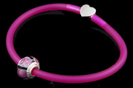 RBC-F8A-153. Italian rubber bracelet with Pandora Style Murano bead and 925 sterling silver clasp