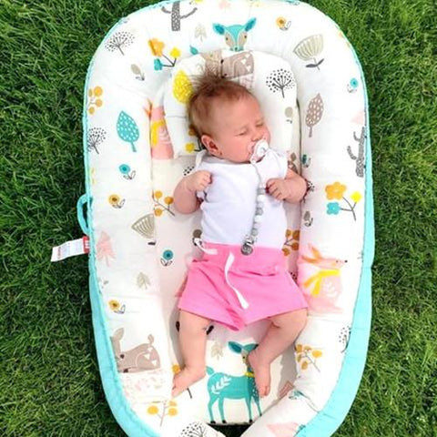 Nest bed portable cosleeping baby bed for co-sleeping with baby