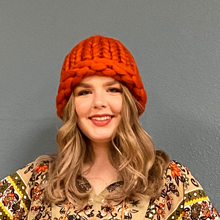 Load image into Gallery viewer, Chunky Knit Cap
