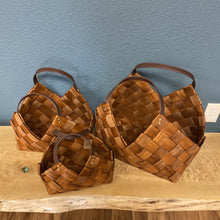 Load image into Gallery viewer, Woven Seagrass Baskets w/ Leather Handles