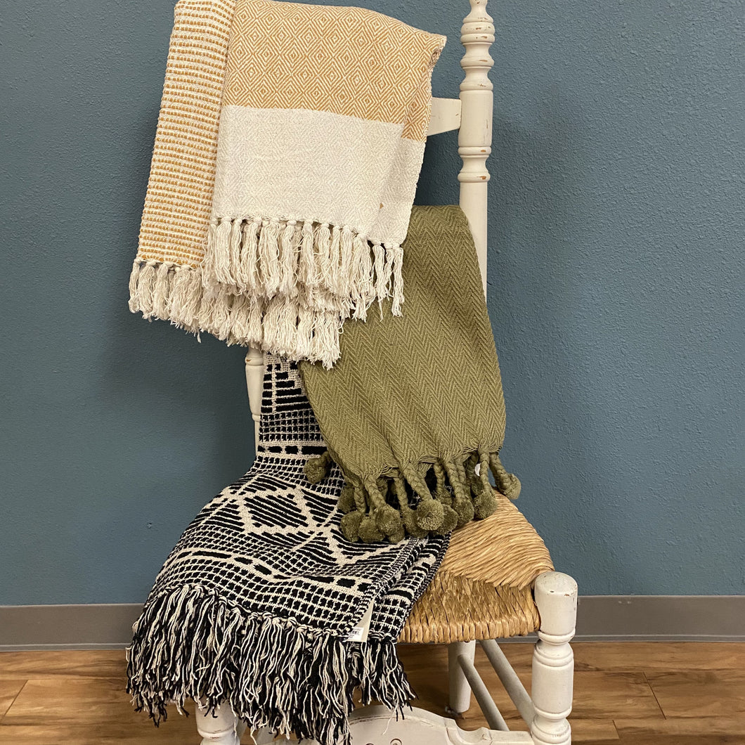 Accent Throw Blankets