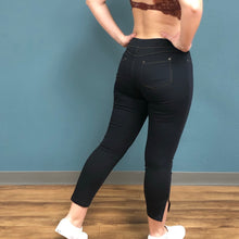 Load image into Gallery viewer, Umgee High Waist Legging Side Zip