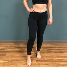 Load image into Gallery viewer, Manduka Intentional Legging