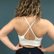Load image into Gallery viewer, Manduka  Darted Bra