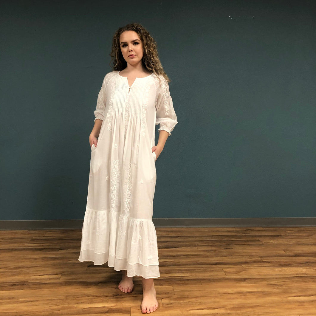 Embroidered 3/4 Sleeve Nightgown