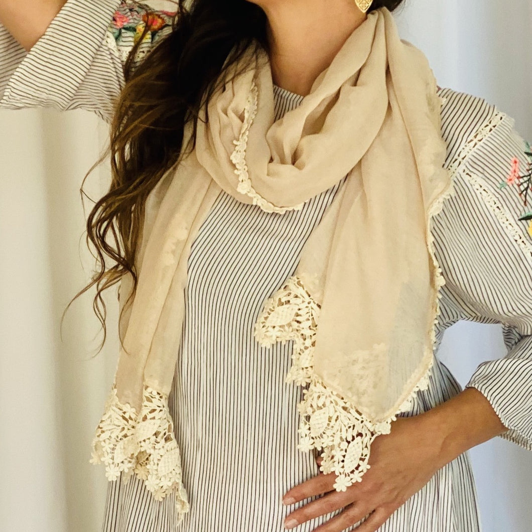 Lace Trim Scarf