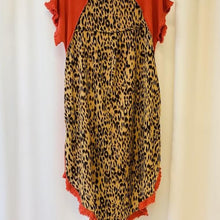 Load image into Gallery viewer, Animal Print Back Linen Tunic Dress