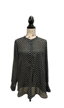 Load image into Gallery viewer, Liz Claiborne Black & White Long Sleeve Blouse