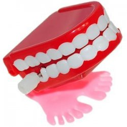 Walking Chattering Choppers Mini Wind Up Teeth