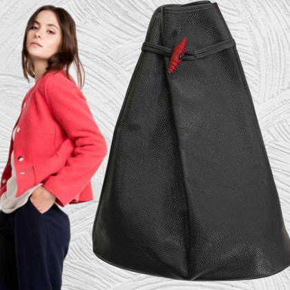 Mongomery. Black leather backpack with red details