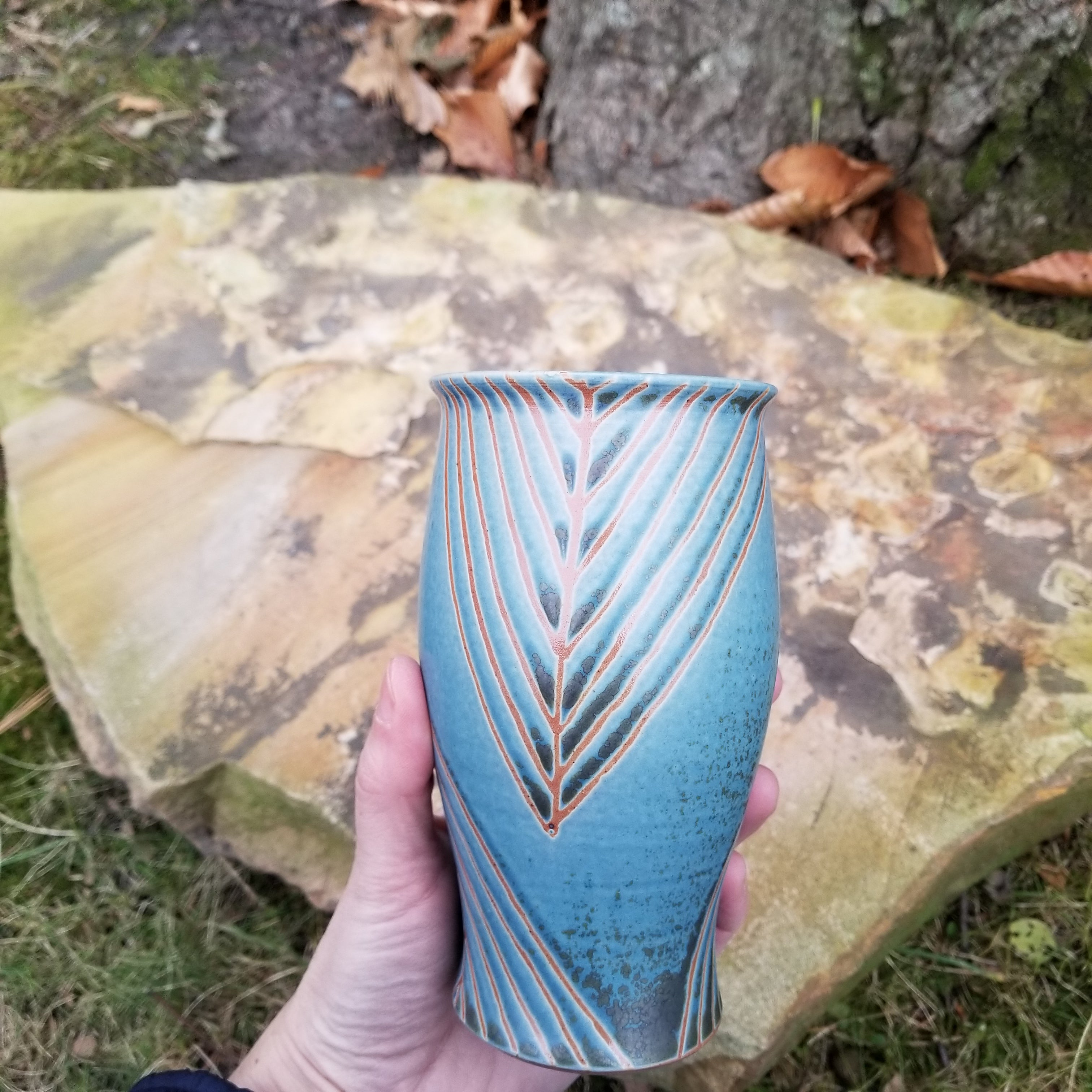 Tumbler in Blue and Orange Geometric Pattern
