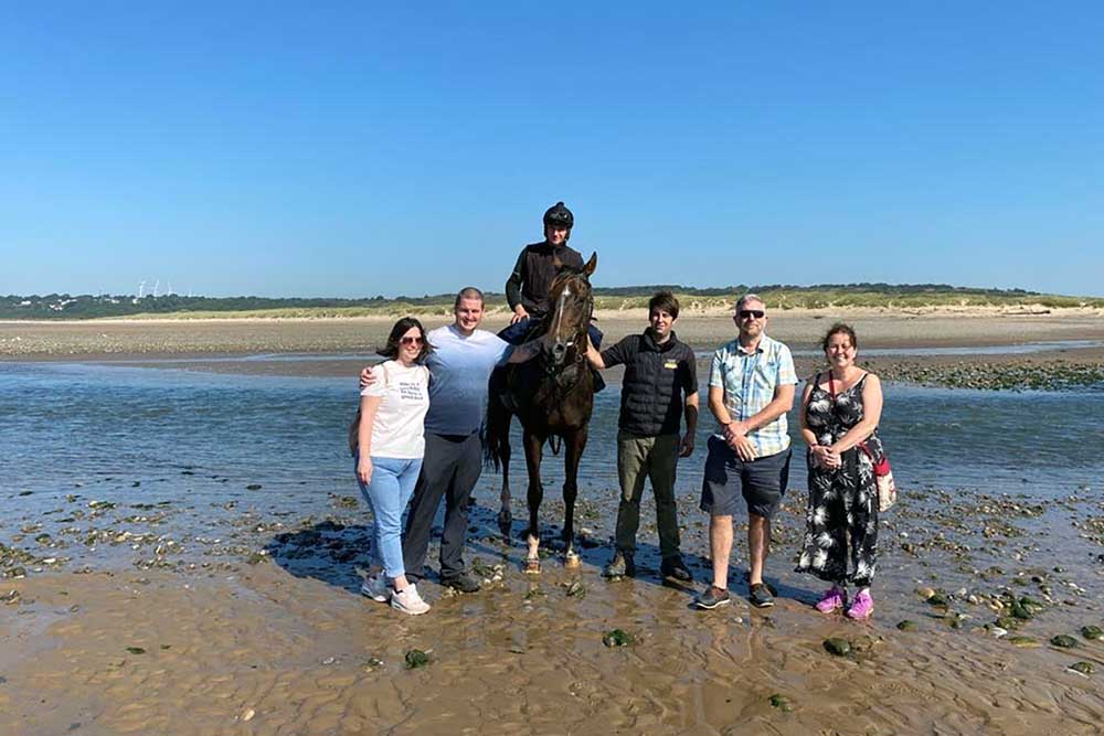 RacehorseClub members with Potters Corner