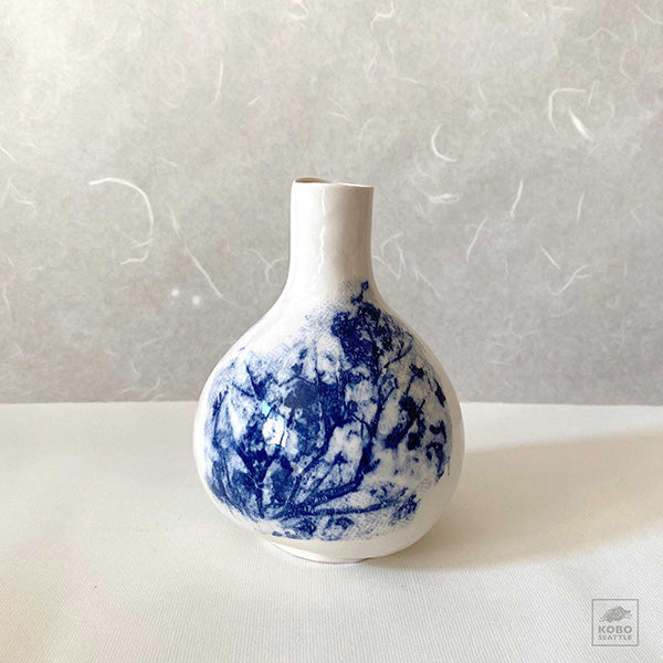 Gourd Vase with Cherry Blossoms