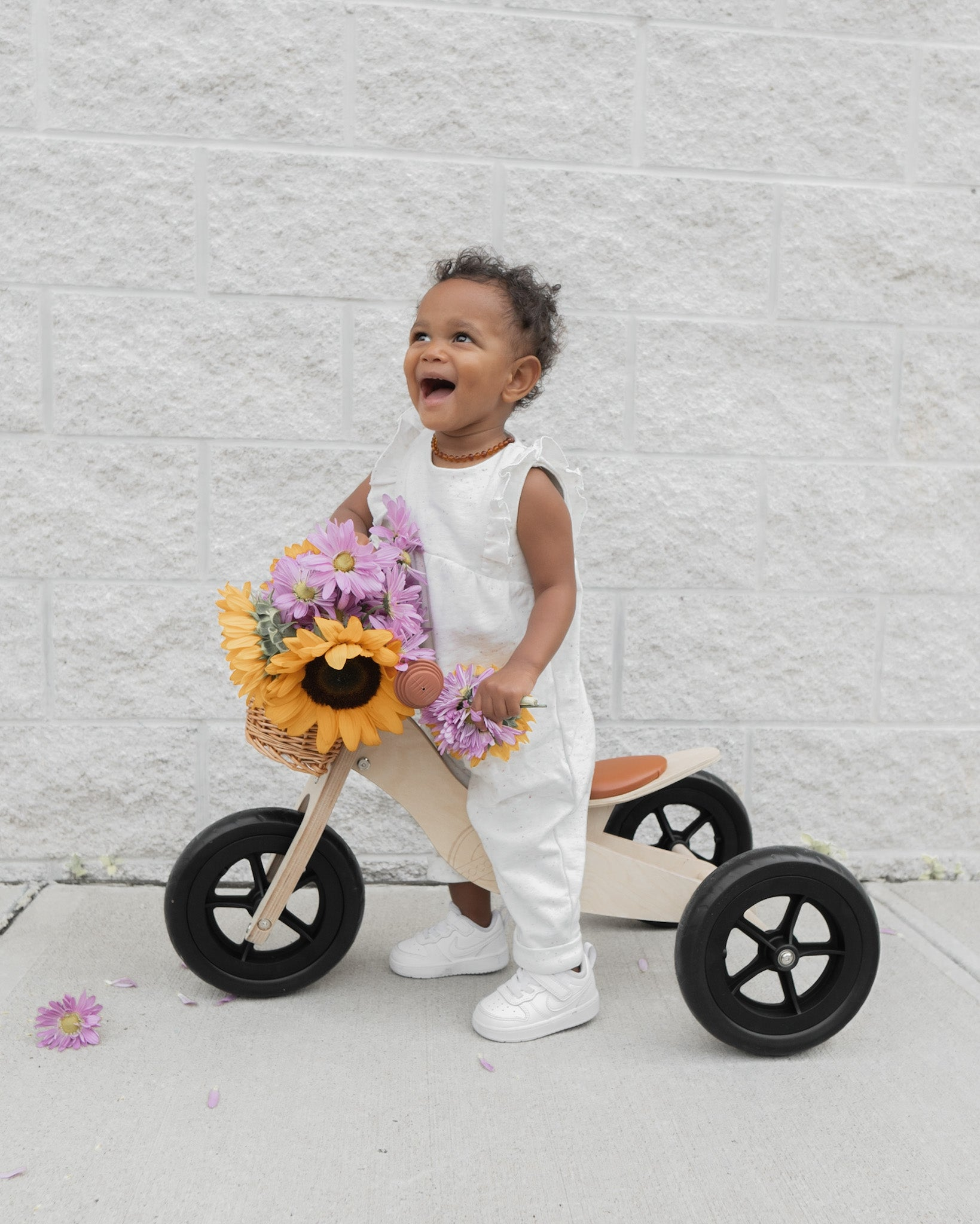 White baby romper, unique baby fashion, gender neutral baby clothes, twin baby fashion